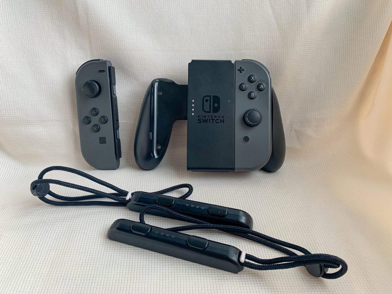 Het Gezinsleven - Gezinsactiviteiten - Speelgoed - De Nintendo Switch - Verschillende manier om een Joy-con controller te gebruiken 2