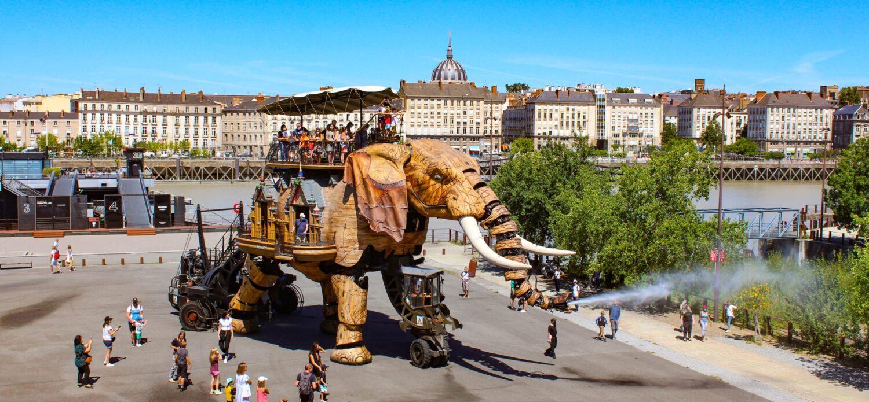 Het Gezinsleven - Vakanties - Stedentrips - De mooiste bezienswaardigheden van Nantes - Les Machines de L'île, le Grand Élephant