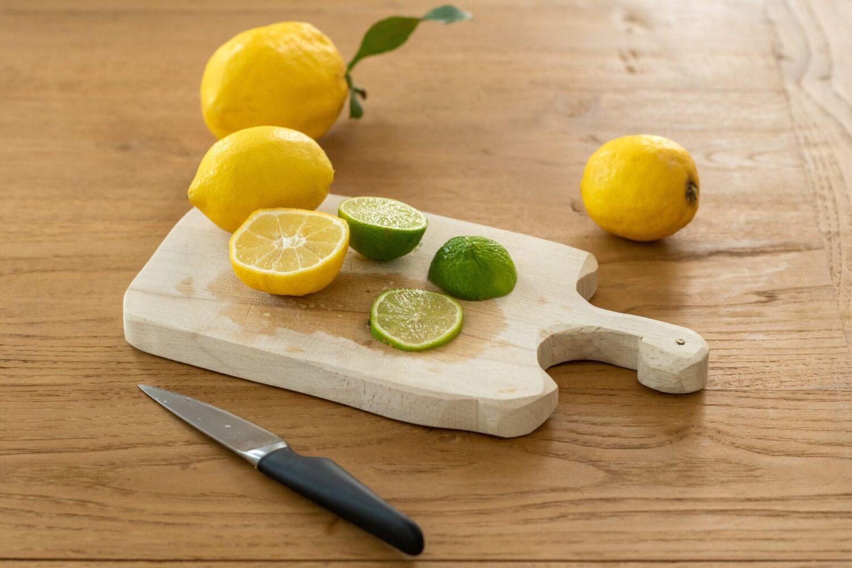 Het Gezinsleven - Lifestyle - Koken en recepten - 10x water met een smaakje recepten! - Citroen en limoen snijden