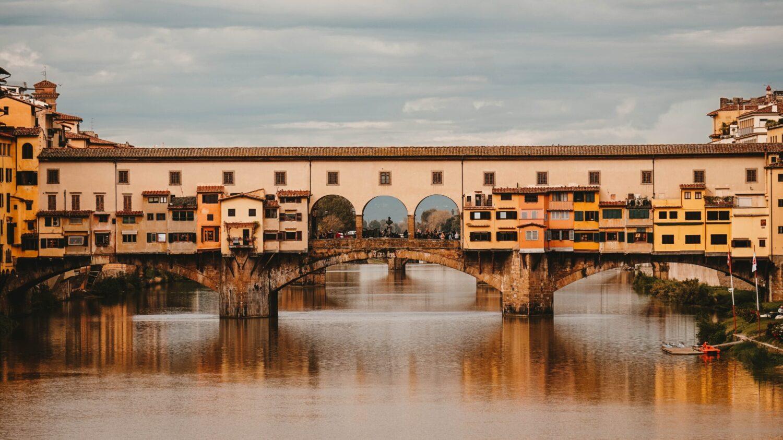 Het Gezinsleven - Vakanties - Europa - De 10 mooiste steden in de Toscane - De Ponte Vecchio in Florence