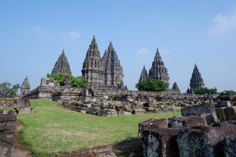 Het Gezinsleven - Vakanties - Verre Reizen - De mooiste plekken in Indonesië - Parambanan, een Hindoeïstische tempel op Java