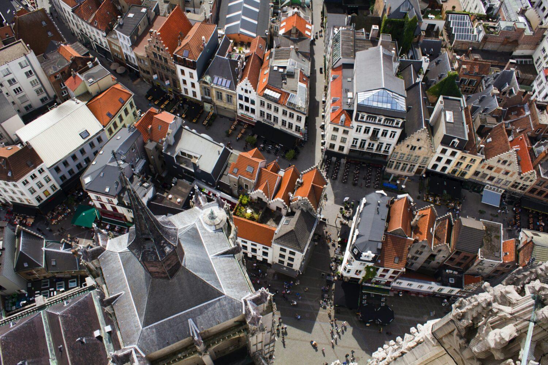 Het Gezinsleven - Vakantie - Stedentrips - Top 10 bezienswaardigheden in Antwerpen - Uitzicht vanuit de Onze Lieve-Vrouw Kathedraal