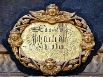 Innenschrift in der Kirche