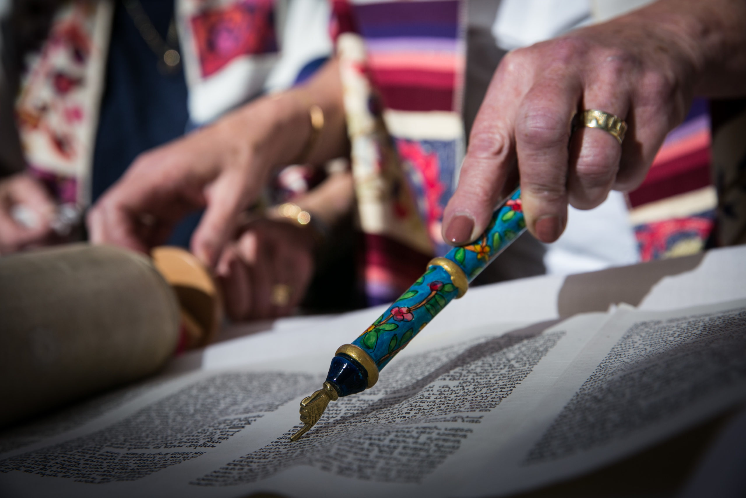 Even On Simchat Torah, The Torah Doesn't Feel Like Home For Women