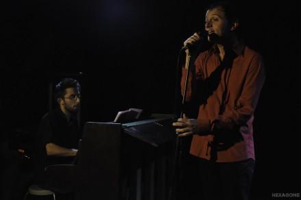Nico accompagné par Greg Gensse - Photo Emmanuelle Chat