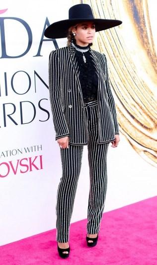 celebrity-trend-report-stylish-suits-1798383-1465398175.600x0c