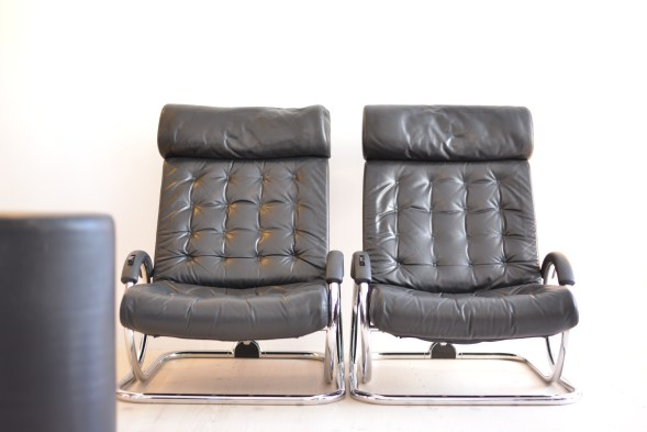 Prototeam Black Synchro Chair
