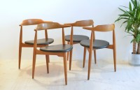 Set of 4 Hans J. Wegner Heart Chairs in Oak No.4104