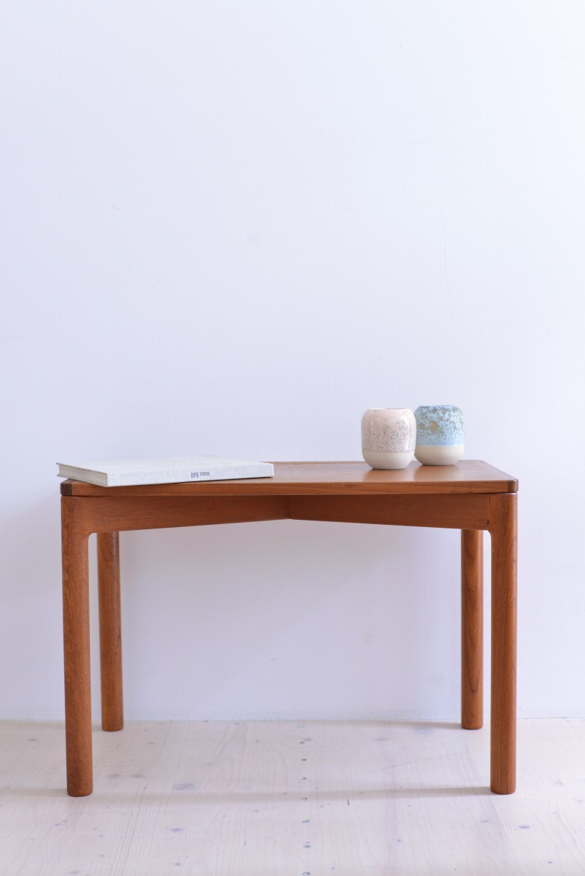 Kurt Ostervig Side Table for Slagelse Moebelvaerk Denmark 1960s Teak heyday moebel Zurich Zuerich Binz