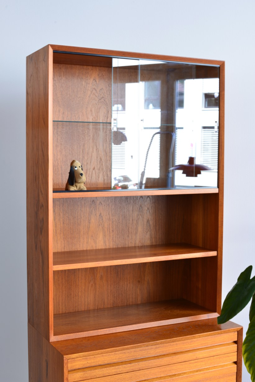 Cado Bookshelf with Sliding Doors heyday möbel Zürich Binz