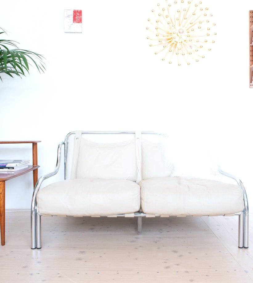 Gae_Aulenti_Stringa_Sofa_and_chair_set_by_Poltronova_heyday_möbel_Zurich_Switzerland_9968