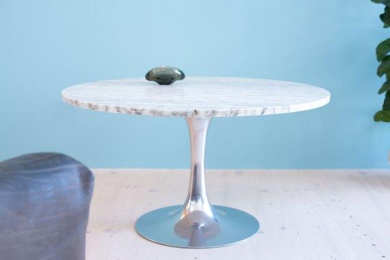 Arkana_Lounge_Table_in_Marble_by_Maurice_Burke_heyday_möbel_Zurich_Switzerland_0822