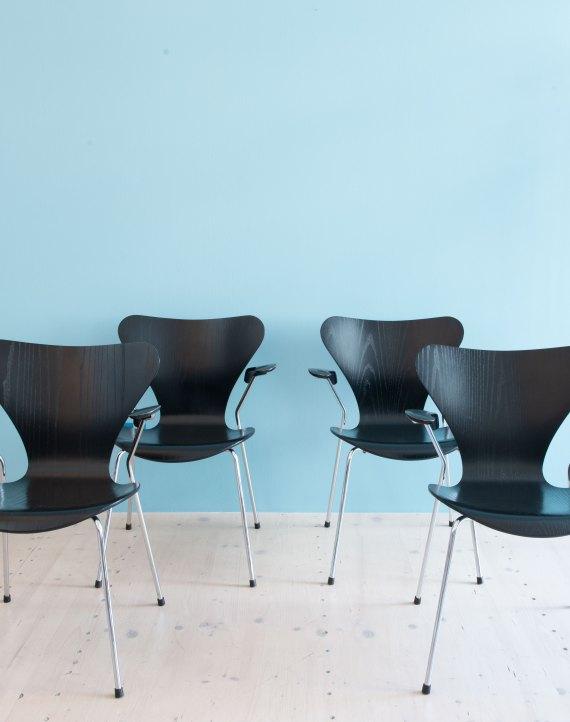 Arne_Jacobsen_Series_7_Dining_Chairs_heyday_moebel_1160