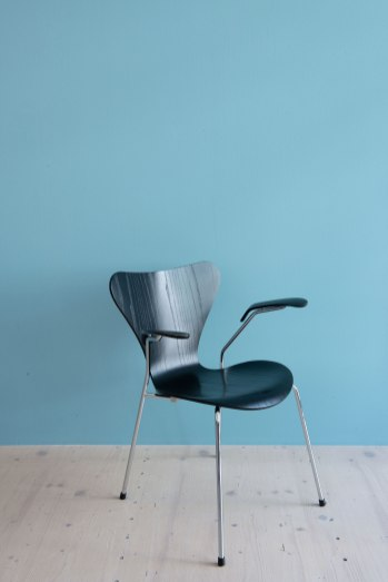 Arne_Jacobsen_Series_7_Dining_Chairs_heyday_moebel_1176