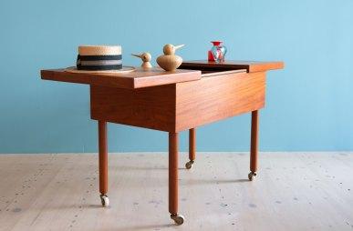 Portable_Teak_Sewing_or_Bar_Table_heyday_möbel_Zürich_1396