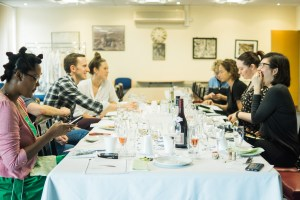 London food bloggers enjoying the English Wine & British Seafood class at Billingsgate Market