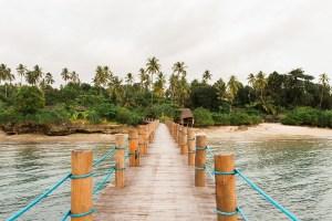 Zanzi Resort Pier, Zanzibar   @dipyourtoesin