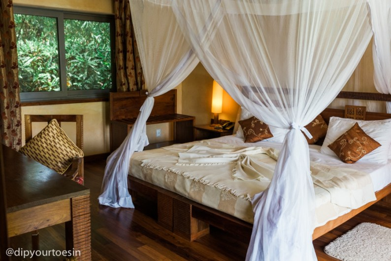 Mosquito nets at Zanzi Resort in Zanzibar | via @dipyourtoesin