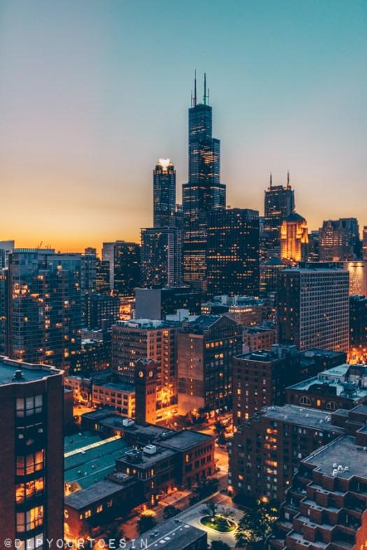 Sunset over Chicago skyline | Hancock Tower