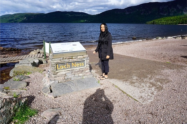 Woni Spotts Scotland | First Black Woman to Travel To Every Country in the World?