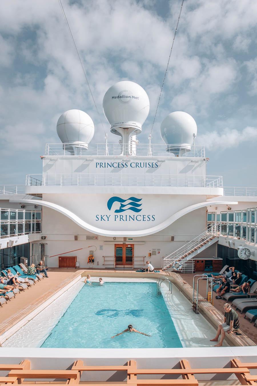Swimming pool view of Princess Cruises Sky Princess
