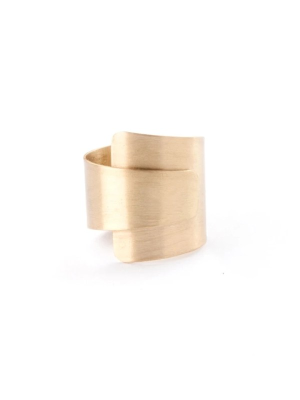 Ethically made glamorous wrap me gold ring made of recycled brass and gold coated that will surely stand out.