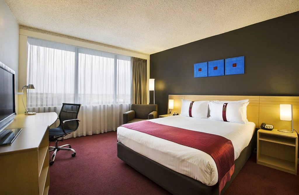 Holiday Inn Melbourne Airport - The Best Hotels at Melbourne Tullamarine Airport