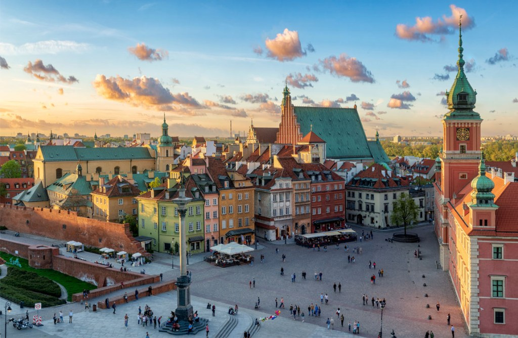 48-hours in Warsaw, Poland | Warsaw Old Town