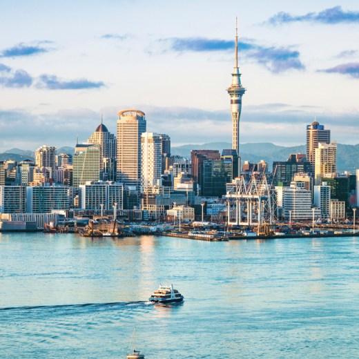 Auckland, New Zealand skyline | 48-Hours in Auckland, New Zealand | What to do on a layover in Auckland