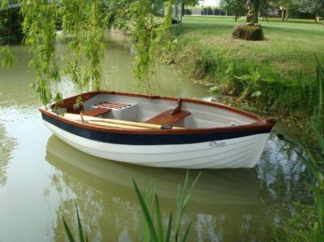 Heyland Dovetail Rowing Boat1