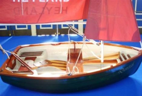 Heyland Dovetail Sailing Boat