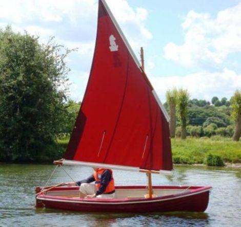 Heyland Lugger Sailing Boat0