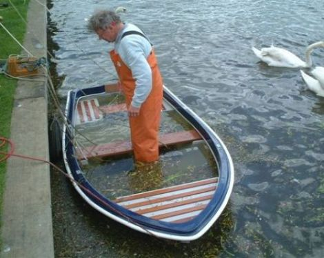 Heyland Swan Rowing Boat5