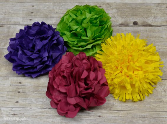 How to Make Tissue Paper Flowers Four Ways   Hey  Let s Make Stuff Tissue paper flowers make a gorgeous budget wedding centerpiece  Learn how  to make four different