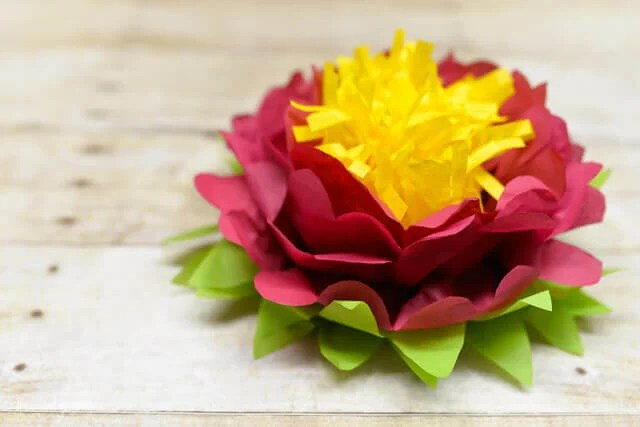 How to make a tri-color paper flower -- it's easy!