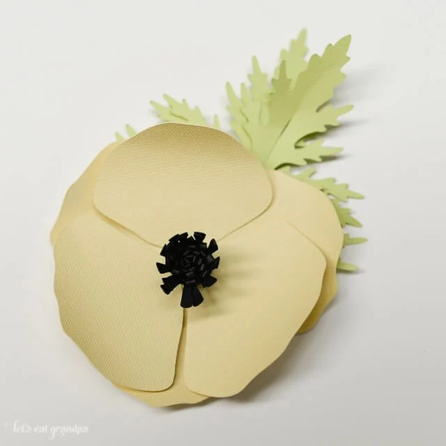 How to Assemble the Cricut Poppy - Total Assembled Flower