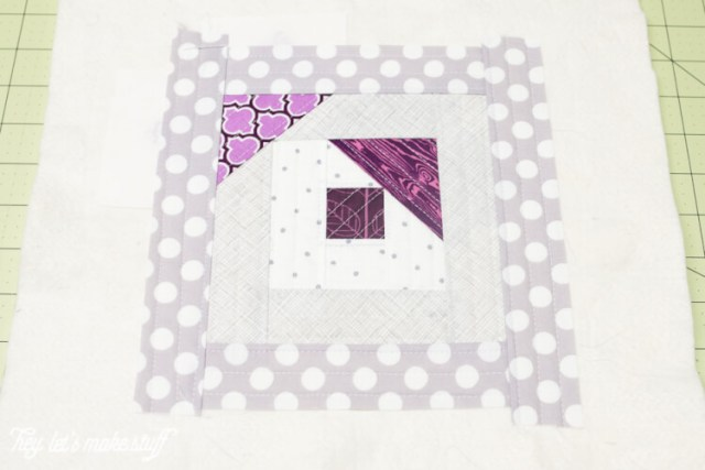 Scattered Geese Tutorial: Using the quilt-as-you-go (QAYG) method, it's easy to make this modified log cabin block.