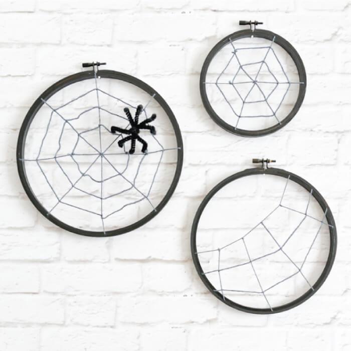 embroidery hoop Halloween spider hoops!