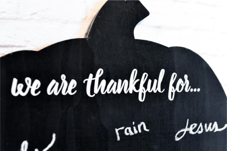 DIY gratitude chalkboard pumpkin