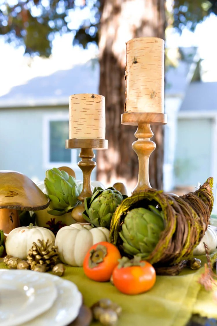 Take friendsgiving outside this year and entertain below the trees. Here are some gathering ideas so you can throw the perfect fall party!
