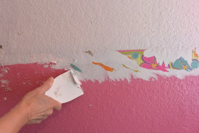 Original paint and wallpaper in the craft room