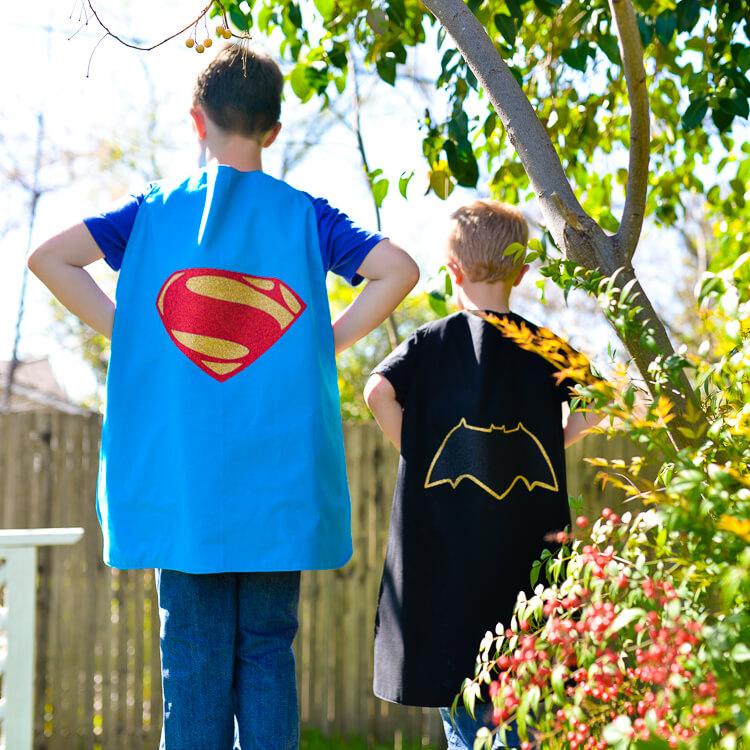 Batman v Superman Capes - No WM-1
