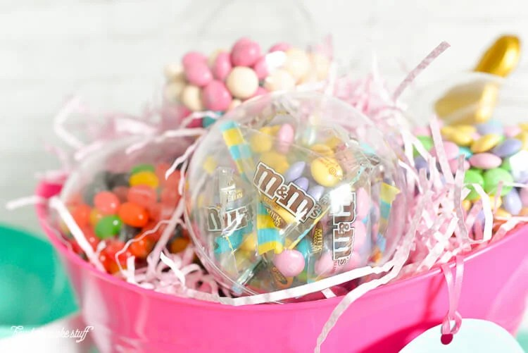 Want a #SweeterEaster? This Easter Sundae Easter Basket is filled with everything you need to make the ultimate ice cream sundae! Bowls, spoons, a scoop, sprinkles, and a ton of fun candy. This will be one Easter basket they won't forget. #ad