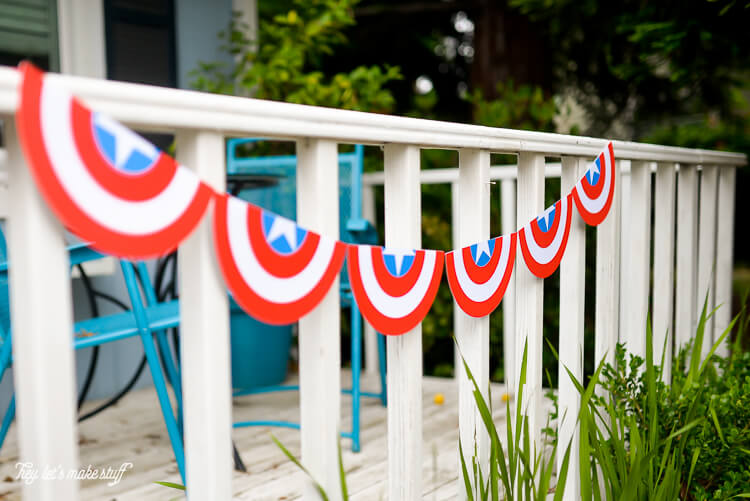 Throwing a Captain America birthday party? Or ready to celebrate the fourth of July, Marvel-style? This free SVG cut file bunting is perfect for whatever patriotic party you're throwing.