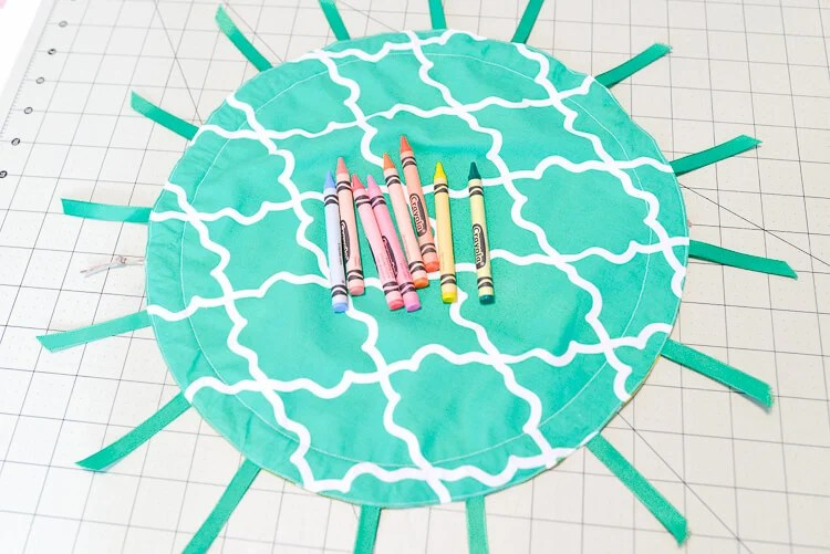 DIY cinched pineapple purse step 13