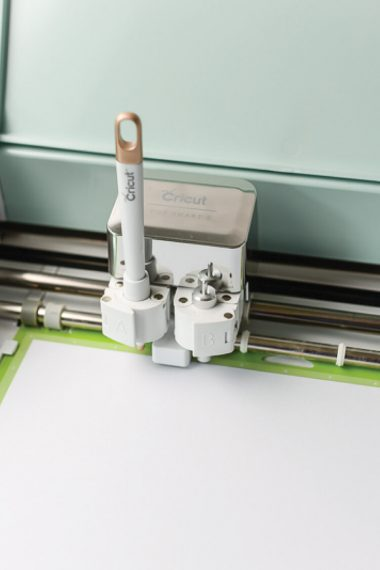 Using Score Lines in Cricut Design Space - Learn all the best tips and tricks for using the scoring stylus with the Cricut Explore machine.