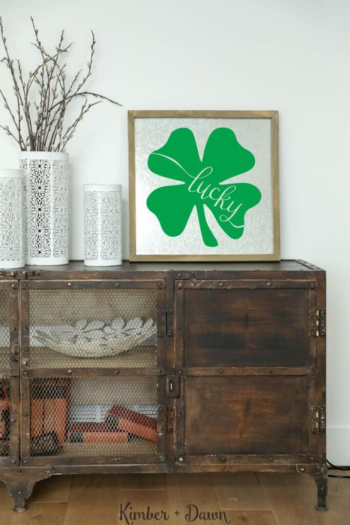 Lucky Shamrock SVG: With St. Patrick's Day right around the corner, here is a lucky round up of SVGs perfect for all your leprechaun, rainbow and shamrock crafts and projects!