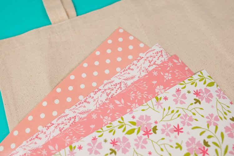 Patterned Iron On   Add this patchwork heart to your t-shirts, totes, notebooks and so much more using Cricut's Patterned Iron On! Make this file yourself from a single heart in Cricut Design Space using the Contour Tool. It's easy!