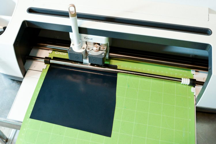 Cutting out SVG Cricut Design Space