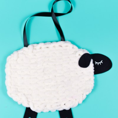 Nursery Decor: Yarn and Felt Sheep